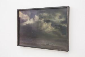 "Nachtstück Cote bleue, Marseille, 2016, 103 x 205 cm, s-w-Barytpapier koloriert, Edition 2 (Ausstellung ""Here comes the night"")"