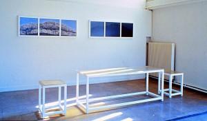 Atelier-Installation Marseille, 1990, Holz, Kunstharz, s-w-Barytpapier koloriert